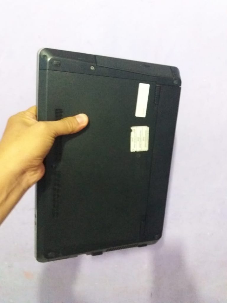 jual laptop second merk HP core i5 hanya 2,9 juta